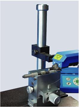 配置精调平台、调斜工作台等附件,可以对工件的复杂表面进行高精度测量