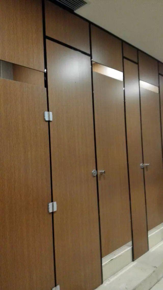 河南郑州办公楼隔断板 厕所公共卫生间洗手间门板