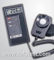 台湾泰仕照度计TES-1332A  台湾泰仕照度计TES-1332A