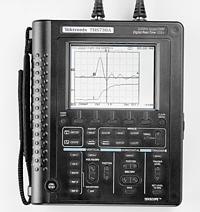 美国泰克THS720P手持式数字示波器