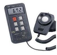 记忆型照度计TES-1336A TES-1336A
