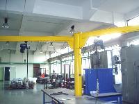 立柱式旋臂吊