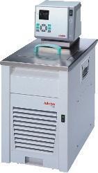 豪华型(High-Tech)加热制冷浴槽/循环器