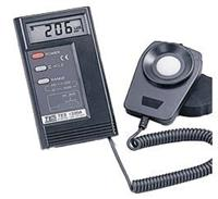 数字式照度计TES-1334A TES-1334A照度计 台湾泰仕照度计 TES-1334A照度计