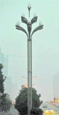 专业生产供应各式太阳能/风光互补/LED路灯