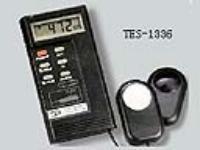 记忆式照度计 TES-1336
