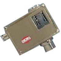 D540/7TK上海遠東儀表0891307溫度控制器/溫度開關/D540/7TK小切換差20-70℃ D540/7TK