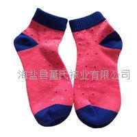 现货销售 保暖可爱圆点女袜 中筒运动女士棉袜 透气防磨擦