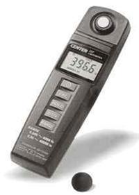 轻巧型照度计 CENTER 337